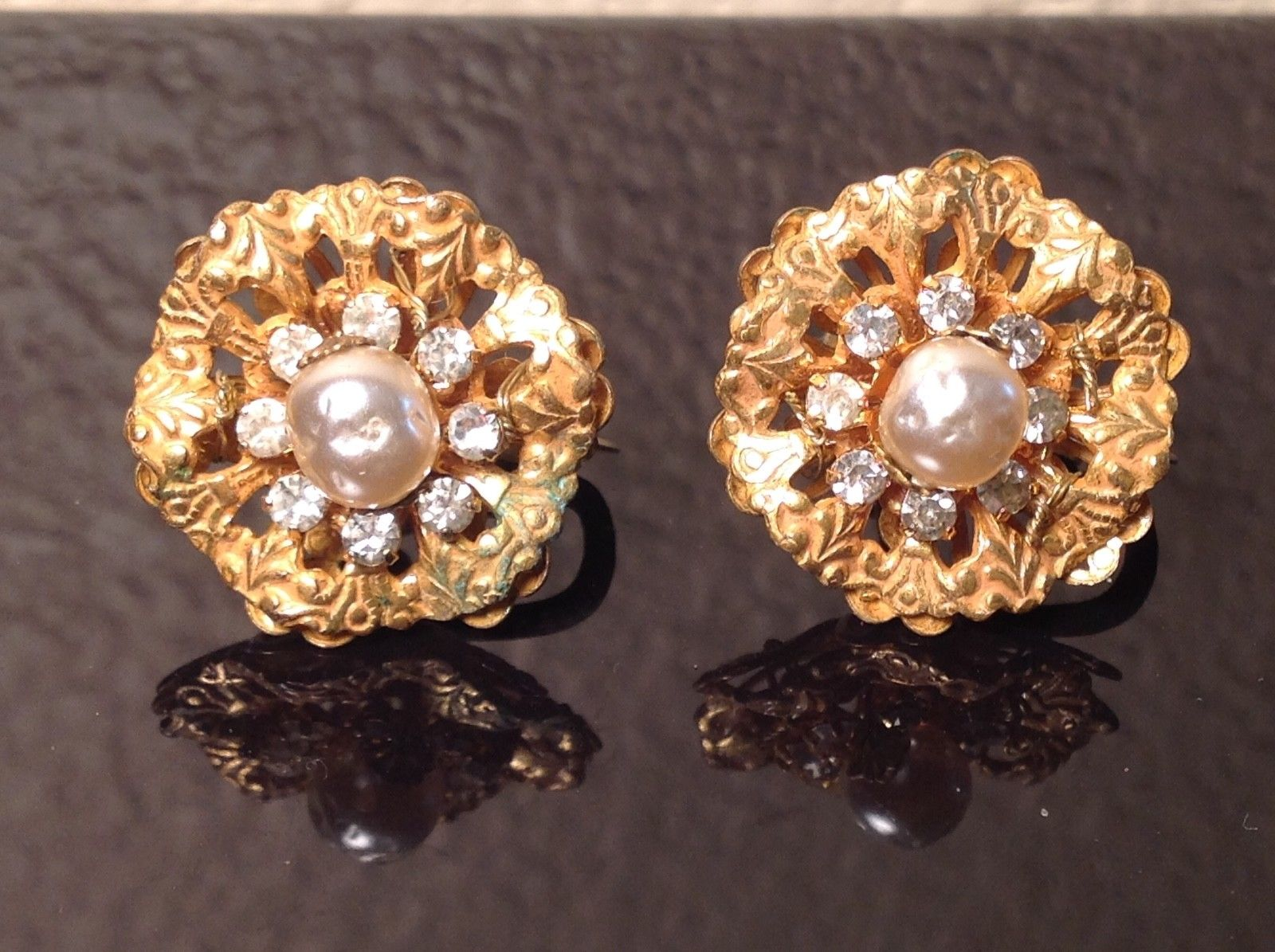 Vtg Miriam Haskell Baroque Pearl Rhinestone Earrings Clip